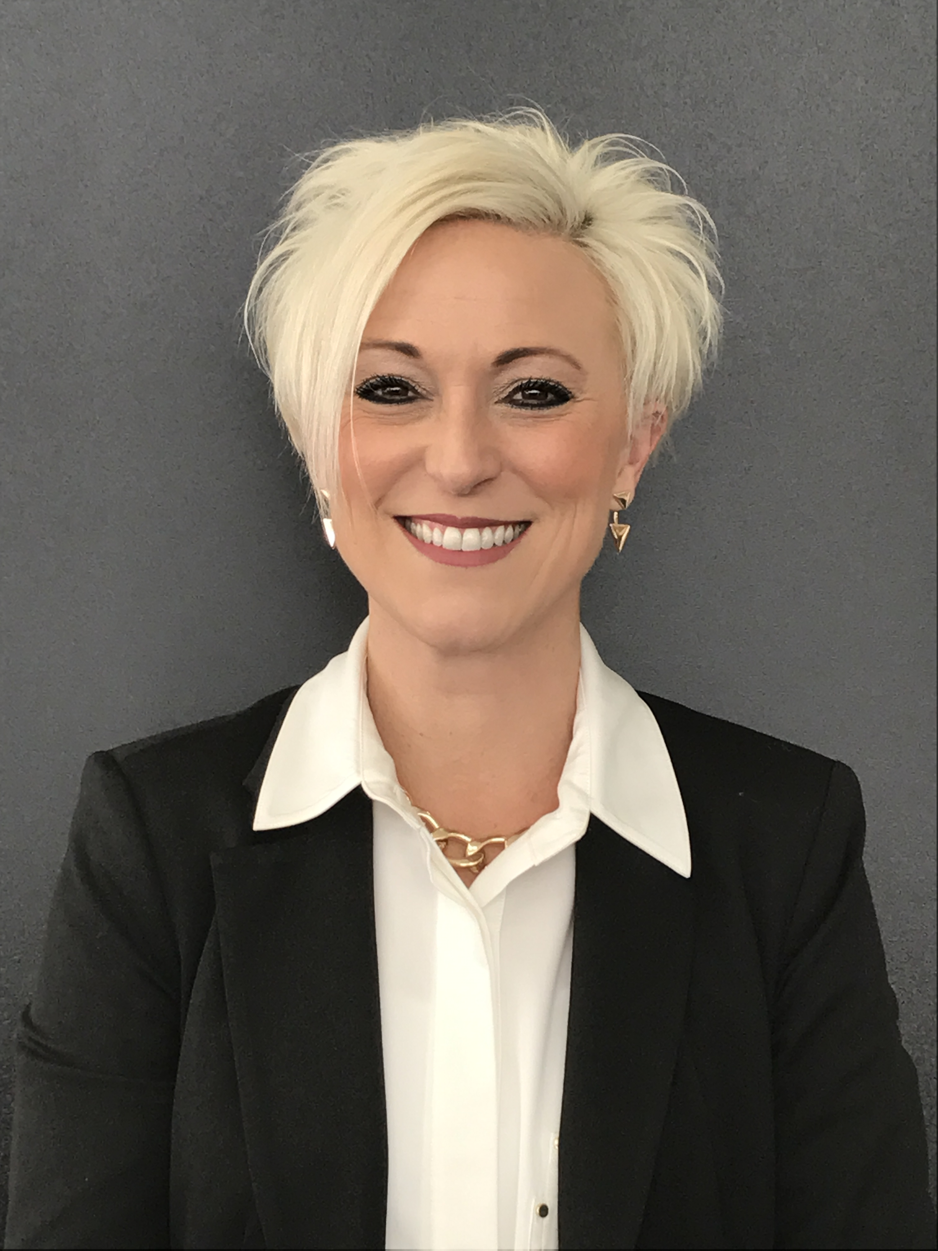 Amanda    Mullally